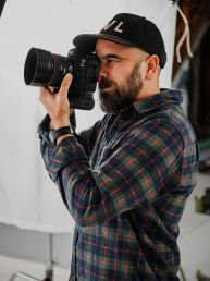 Carter Tippins - Commercial Photographer